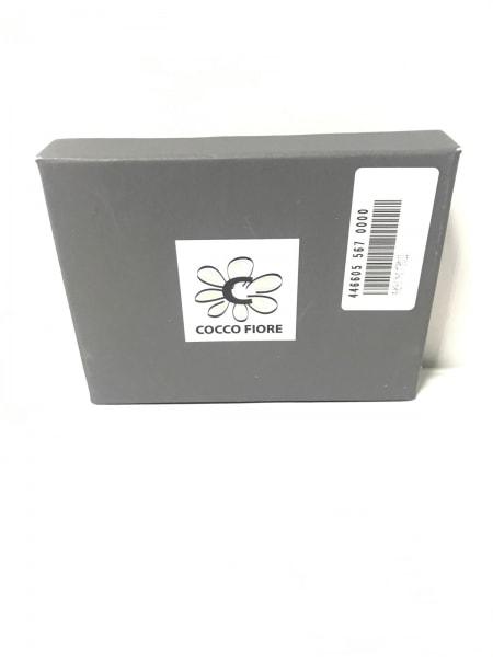 COCCO FIORE(コッコフィオーレ) パスケース ブラウン 型押し加工 エナメル(レザー)