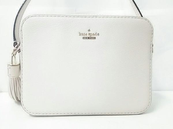 ケイトスペード ショルダーバッグ美品  PXRU8056 アイボリー タッセル レザー