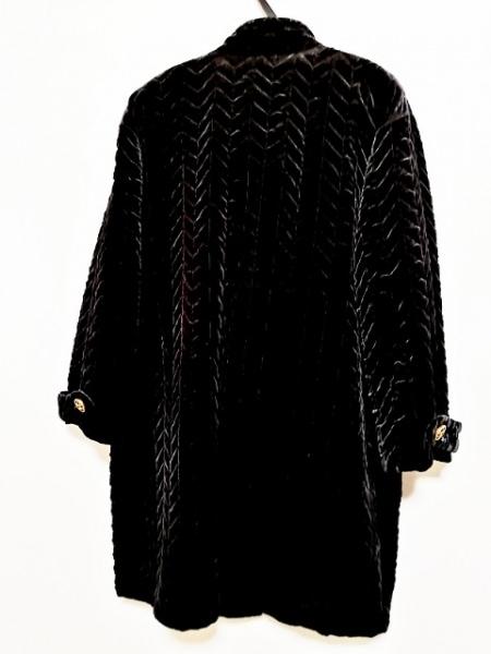 Leilian(レリアン) コート サイズ9 M レディース 黒 キルティング/冬物/ベロア