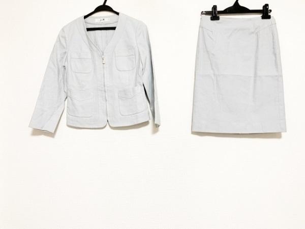 23区(ニジュウサンク) スカートスーツ サイズ38 M レディース ライトグレー