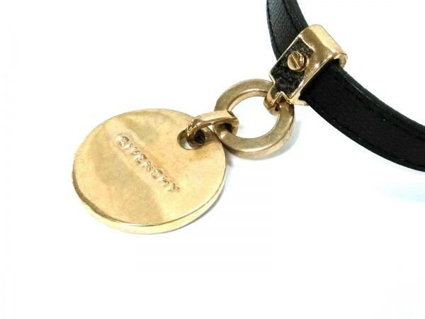 GIVENCHY(ジバンシー) チョーカー美品  レザー×金属素材 黒×ゴールド