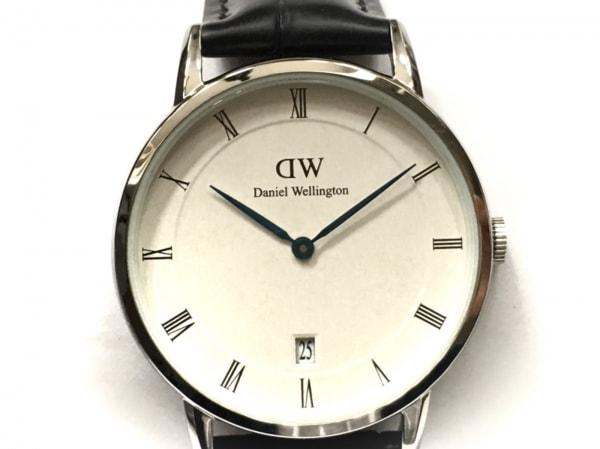 Daniel Wellington(ダニエルウェリントン) 腕時計美品  B34S4 メンズ 型押し加工 白