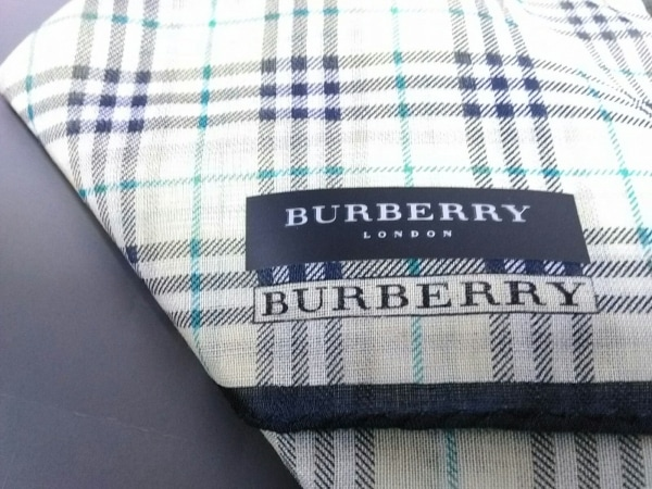 Burberry(バーバリー) 小物新品同様  ライトグリーン×ブラウン×マルチ コットン