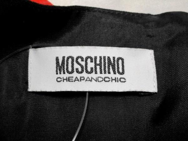 モスキーノ チープ&シック ワンピース サイズ40(I) M レディース 花柄/豹柄