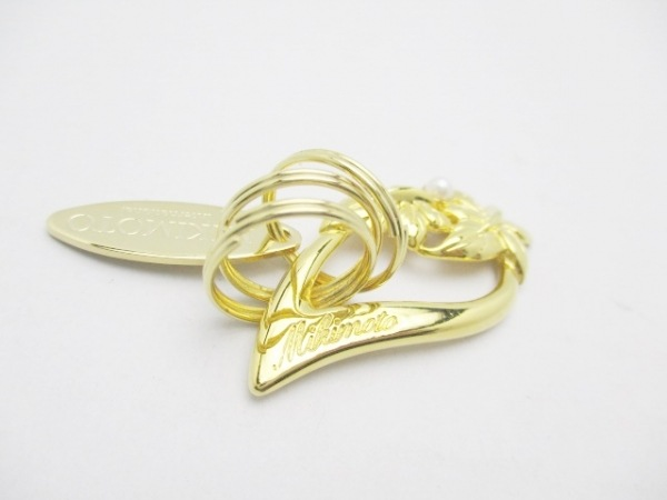 mikimoto(ミキモト) キーホルダー(チャーム)美品  ゴールド パール 金属素材