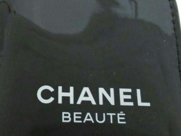 CHANEL(シャネル) 小物新品同様  黒×白 BEAUTE/ネイルケアキット エナメル(レザー)
