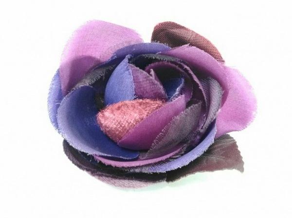 ANNA SUI(アナスイ) ブローチ美品  化学繊維 パープル×ピンク×マルチ フラワー