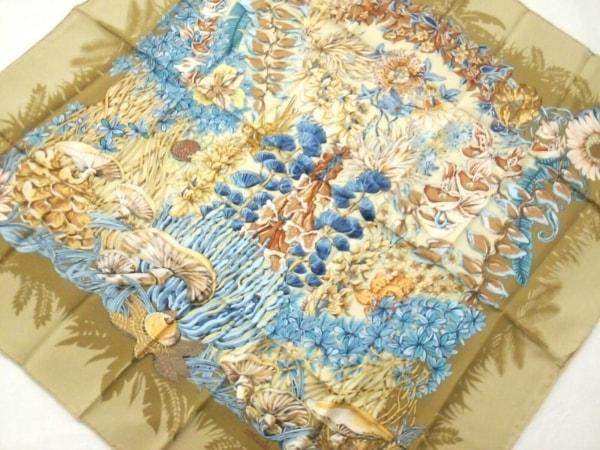 HERMES(エルメス) スカーフ美品  カレ ベージュ×ブルー×マルチ LIle Deserte/無人島
