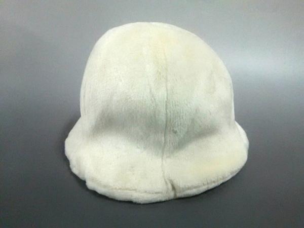 MOSCHINO CHEAP&CHIC(モスキーノ チープ&シック) 帽子美品  アイボリー アクリル