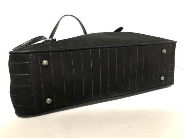 JeanPaulGAULTIER(ゴルチエ) ショルダーバッグ 黒×ライトグレー ストライプ ヌバック