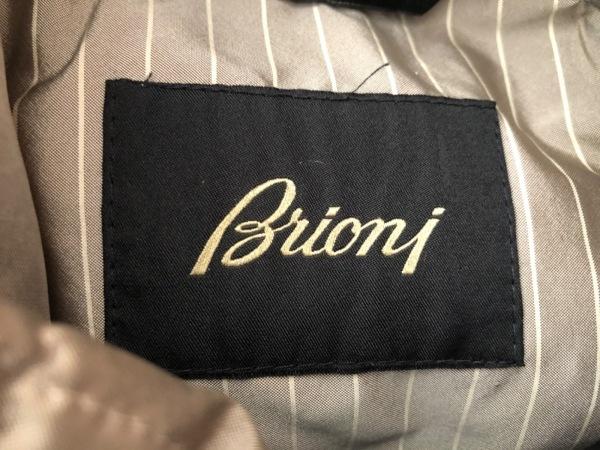 Brioni(ブリオーニ) コート サイズM メンズ 黒 冬物