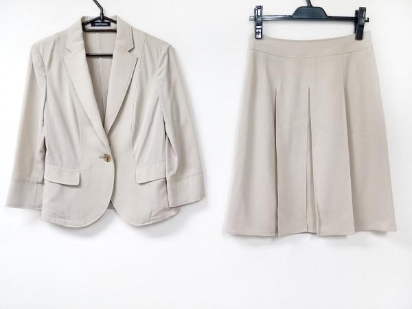 ニューヨーカー スカートスーツ サイズ7AR S レディース美品  ベージュ ストライプ