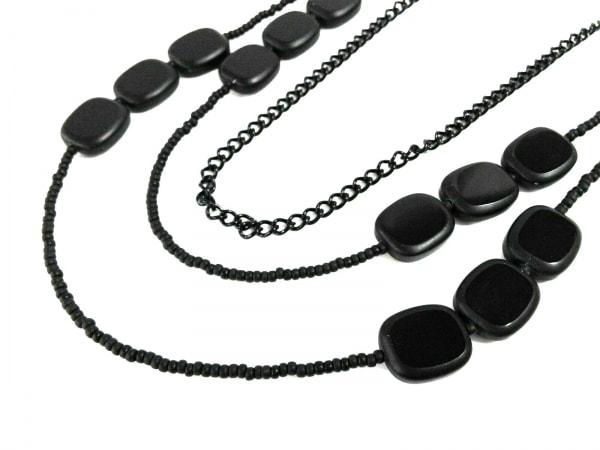 Leilian(レリアン) ネックレス美品  プラスチック×金属素材 黒×シルバー