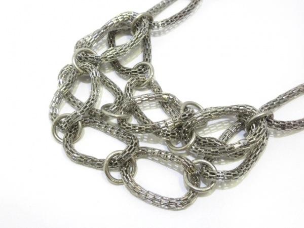 Leilian(レリアン) ネックレス美品  金属素材 シルバー