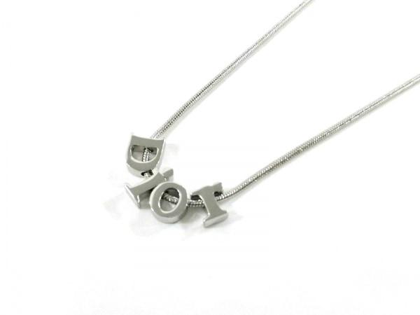 クリスチャンディオール ネックレス美品  金属素材 シルバー Diorモチーフ