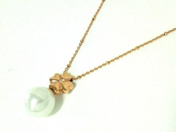フォリフォリ ネックレス美品  金属素材×フェイクパール ピンクゴールド×白