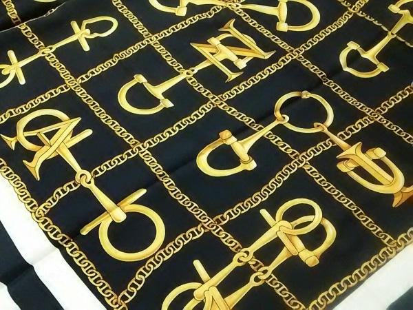 LANCEL(ランセル) スカーフ美品  黒×ゴールド