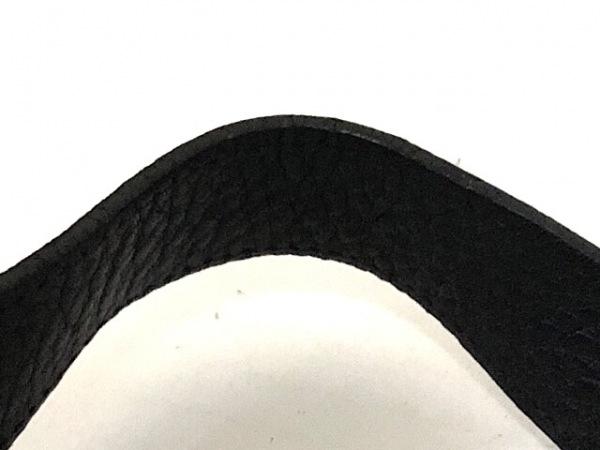 サルバトーレフェラガモ ショルダーバッグ ガンチーニ 黒 化学繊維×レザー