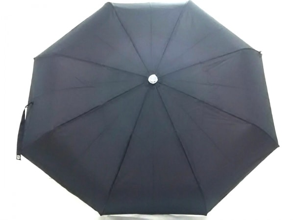 AKRIS(アクリス) 折りたたみ傘美品  黒 ドット柄 ナイロン×金属素材