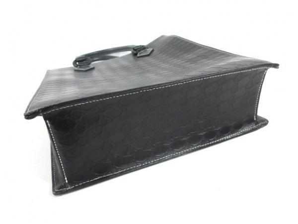 VivienneWestwood(ヴィヴィアンウエストウッド) トートバッグ 黒 型押し加工 レザー
