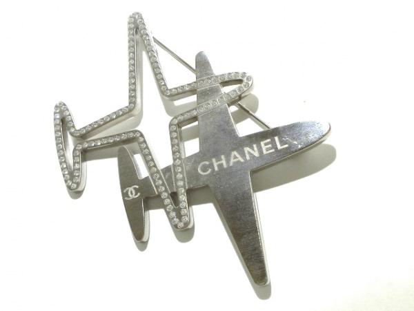 CHANEL(シャネル) ブローチ美品  金属素材×ラインストーン シルバー×クリア 飛行機