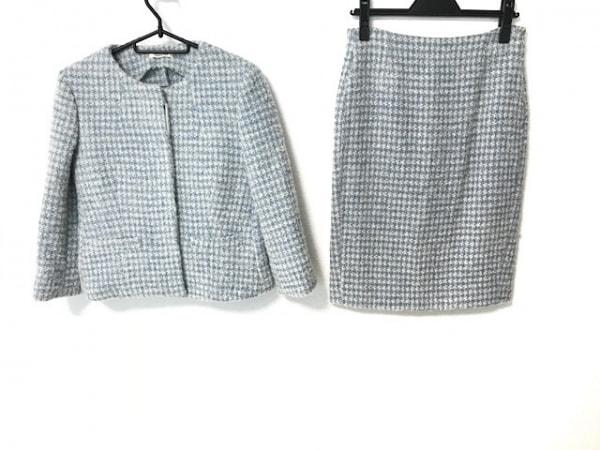 lardini(ラルディーニ) スカートスーツ サイズ38 M レディース ブルー×白