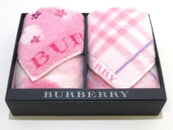 バーバリー 小物美品  ピンク×ライトピンク×パープル ハンドタオル×2 コットン