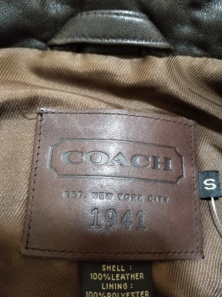 COACH(コーチ) ブルゾン サイズS メンズ美品  ダークブラウン 冬物/レザー