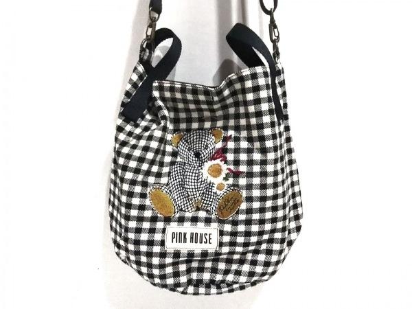 ピンクハウス ショルダーバッグ美品  アイボリー×黒×マルチ チェック柄/クマ/刺繍