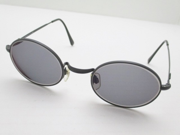 EMPORIOARMANI(エンポリオアルマーニ) サングラス 黒 度入り 金属素材×プラスチック