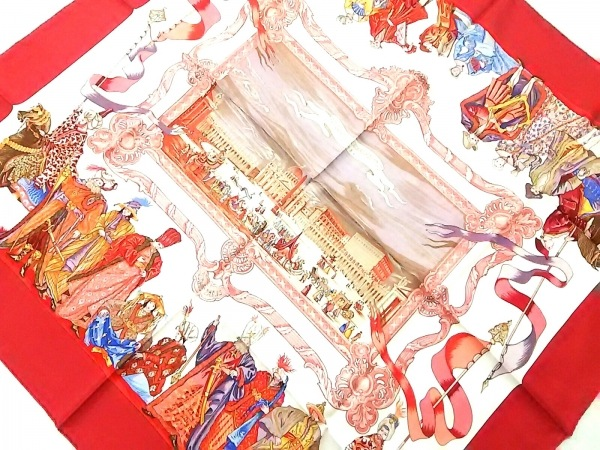 HERMES(エルメス) スカーフ美品  カレ ボルドー×白×マルチ