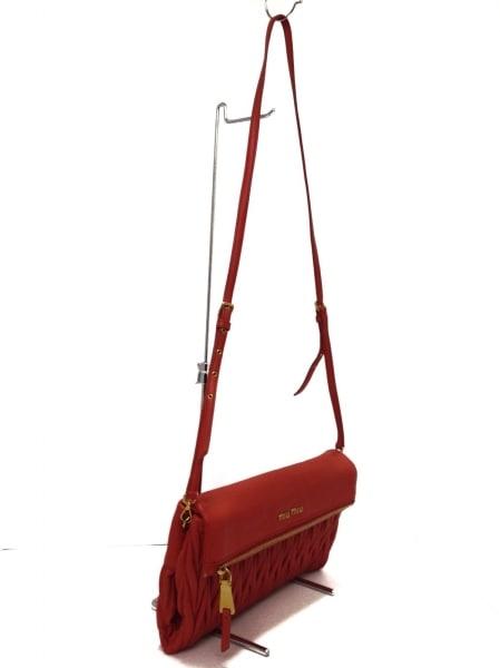 ミュウミュウ クラッチバッグ美品  マテラッセ RP0385 ピンク レザー 2