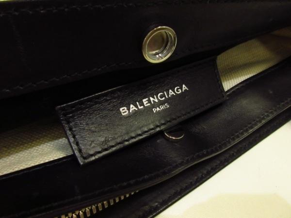 バレンシアガ ショルダーバッグ ネイビーポシェット 305572 アイボリー×黒
