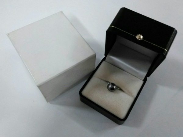 ノーブランド リング美品  Pt900×ダイヤモンド 総重量:6.0g/015刻印