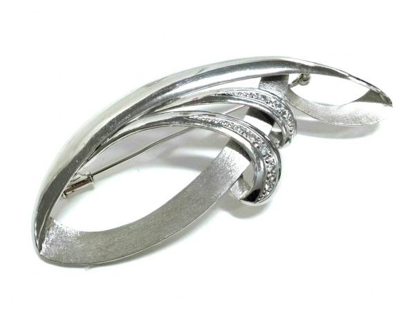 ノーブランド ブローチ美品  Pt900×ダイヤモンド 総重量:17.5g/D0.09刻印