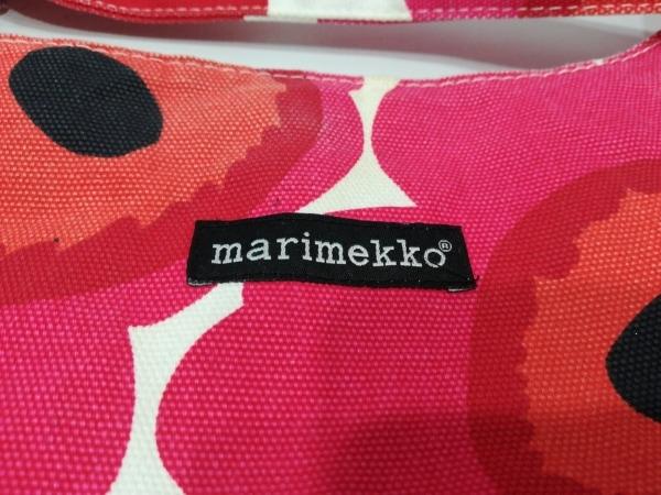marimekko(マリメッコ) ショルダーバッグ 白×レッド×マルチ 花柄 キャンバス