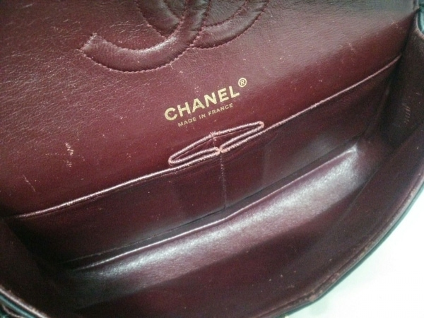 CHANEL(シャネル) ショルダーバッグ ダブルフラップマトラッセ 黒 ラムスキン