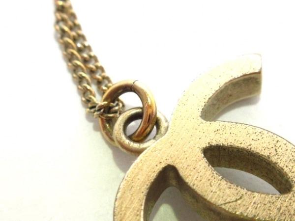 CHANEL(シャネル) ネックレス美品  カメリア 金属素材 ゴールド×白 7