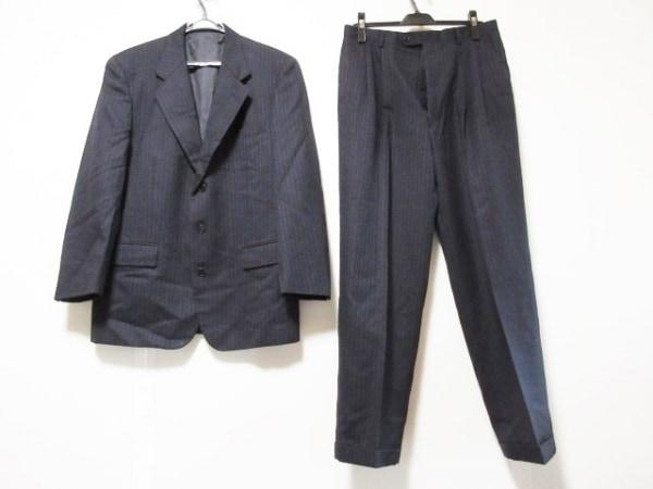 YvesSaintLaurent(イヴサンローラン) メンズスーツ メンズ 黒 ストライプ/3点セット