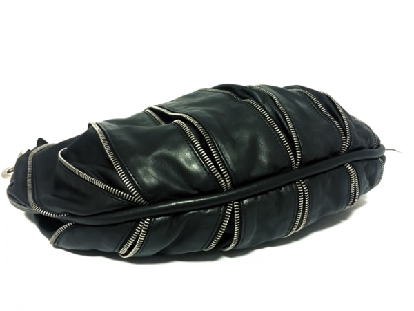 BALLY(バリー) ショルダーバッグ美品  黒 ファスナー レザー 4