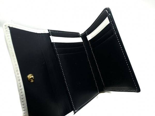 KITAMURA(キタムラ) 3つ折り財布 - 黒×白 がま口 レザー 3