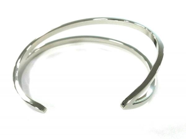 カルバンクライン バングル X/S美品  金属素材 シルバー 3