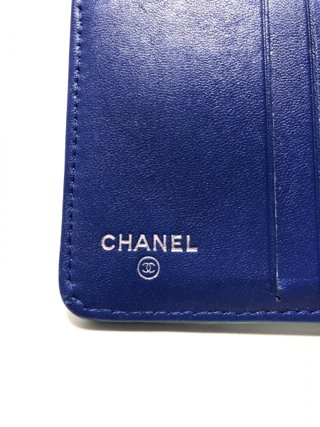 CHANEL(シャネル) 2つ折り財布 マトラッセ ブルー×グリーン×ピンク 5