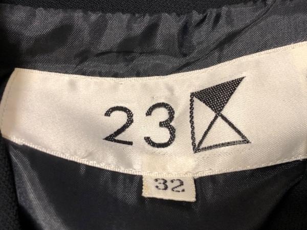 23区(ニジュウサンク) スカートスーツ サイズ32 XS レディース 黒 3