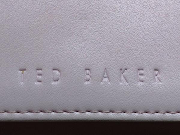 テッドベイカー 3つ折り財布美品  ピンク がま口 レザー×金属素材 5