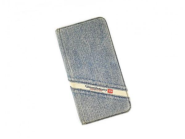 DIESEL(ディーゼル) 携帯電話ケース ライトブルー×黒 手帳型 5