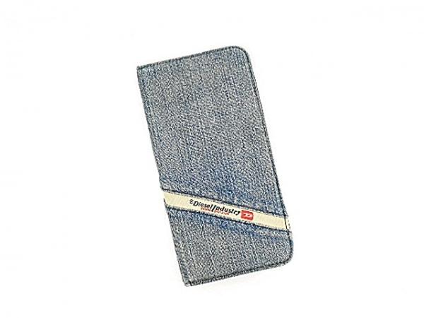 DIESEL(ディーゼル) 携帯電話ケース ライトブルー×黒 手帳型 6