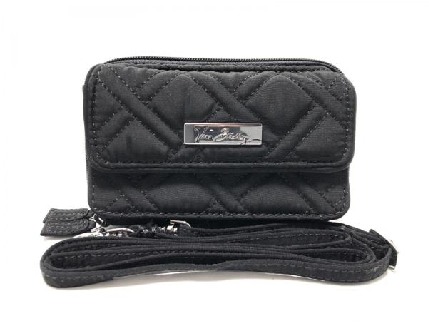 ベラブラッドリー 財布美品  黒 キルティング/ラウンドファスナー 1