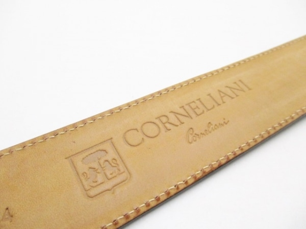 CORNELIANI(コルネリアーニ) ベルト 105/54 黒×シルバー 型押し加工 4