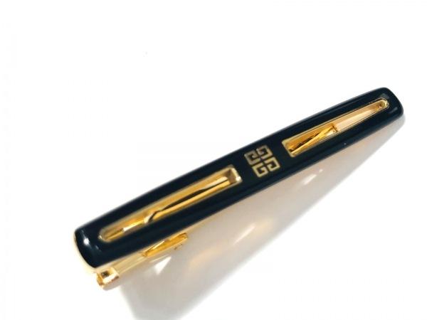 GIVENCHY(ジバンシー) ネクタイピン美品  金属素材 黒×ゴールド 1